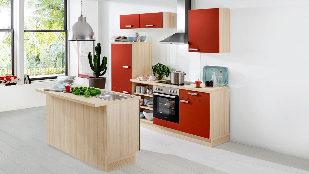 Kleine Küche in rot